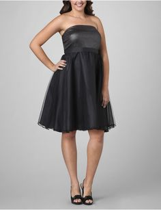 Empire Waist LBD perfect for Apple Shapes #SnappyCasual