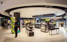 7d15571f The Loop opens new €8M retail area at Dublin Airport - TV3 Xposé  Entertainment Duty