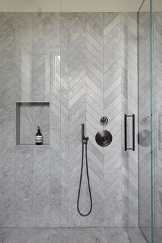 MWAI - Human spaces with craft Bathroom Renos, Bathroom Layout, Bathroom Interior Design, Interior Design Living Room, Modern Bathroom, Small Bathroom, Master Bathroom, Washroom, Interior Paint