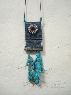 I could do this.... I'm sure I have similar beads somewhere (and turquoise is my birth stone x