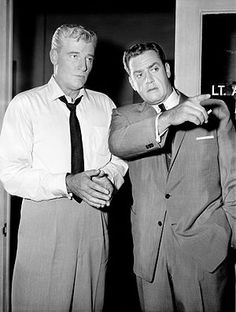 Perry Mason with Paul Drake. TV series. The best-known incarnation of Perry Mason came in the form of a CBS TV series simply titled Perry Mason which ran from 1957 to 1966, with Raymond Burr in the title role. Also starring were Barbara Hale as Della Street, William Hopper as Paul Drake, William Talman as Hamilton Burger, and Ray Collins as Lt. Tragg.