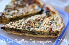 Tarte aux fanes de betteraves, crumble au quinoa, noisettes et #roquefort // Plus de #recette #Papillon sur le blog Les Recettes Roquefort Papillon : www.recetteroquefort.fr