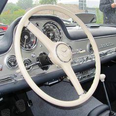 Fotos der 5. #Unternehmer/#Business #Oldtimer Tour NRW #Oldtimertreff #Köln / #Cologne. #classiccar #Classic Car #VintageCar #Vintage Car #Mercedes #Benz 300 SL #classiccar #Classic Car #VintageCar #Vintage Car #911 #BMW #MercedesBenz #メルセデス #ビンテージカー #老爷车 #voiture d'époque #奔驰