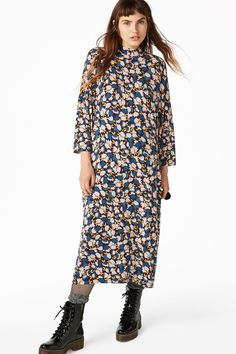 Pyjamas disguised as a chic dress… ssshhhhh…. No one's gonna know.