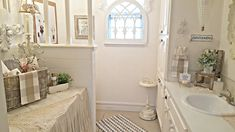 I've had a coastal theme in the hall bath for a couple of years and before that, most of the coastal decor was in the master bath for a. Vintage Bathrooms, Clawfoot Bathtub, Coastal Decor, Farmhouse Style, Country Style, Farmhouse Chic, Country Fashion