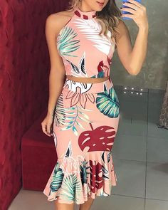 Tropical Print Crop Top Ruffles Skirt Sets Women's Online Shopping Offering Huge Discounts on Dresses, Lingerie , Jumpsuits , Swimwear, Tops and More. Trendy Dresses, Fashion Dresses, Maxi Dresses, Trend Fashion, Steampunk Fashion, Gothic Fashion, Women's Fashion, Sleeveless Crop Top, Cutout Dress