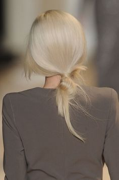Perfect bun. I try to achieve this every time I put my hair into a bun, but I always fail miserably, lol.