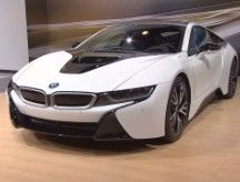BMW i8: High-performance plug-in. #boris_stratievsky #luxury_vehicles #cars #bmw #i8 #hybrid