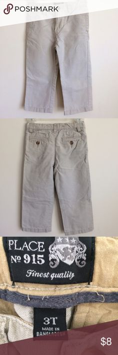 Boys Children's Place Adjustable Khaki Pants 3T These flat front Khaki pants have a button and zipper fly and an adjustable waist. They were used as school uniform pants, but would also be adorable paired with a sweater for the holidays. Excellent condition from a smoke free home. Children's Place Bottoms Casual