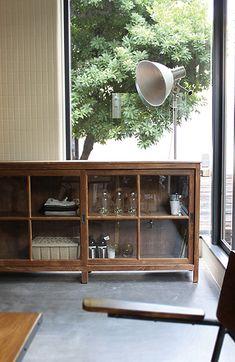 オールドチーク ローボード old teak low Home Office Design, Home Interior Design, Interior Decorating, House Design, Kitchen Themes, Kitchen Decor, Cafe Exterior, Modern Country, Home Hacks