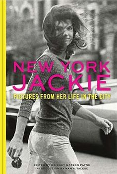 As familiar as we are with images of Jacqueline KennedyOnassis, the charming former first lady, fewer know thedynamic woman who called New York City home. Shortlyafter JFK's assassination in 1964, Jackie moved to Manhattanand lived there for the next three decades. This intimatecollection of photographs celebrates her life in the city as amother, book editor, style icon, and most of all, a NewYorker. Eating ice cream with her kids on Fifth Avenue,working with authors at Doubleday Books, ...
