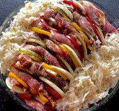 Nadziewana karkówka pieczona w kapuście - Blog z apetytem Cooking Kits For Kids, Cooking Classes, Cooking Bacon, Polish Recipes, Sausage, Chili, Pork, Food And Drink, Beef