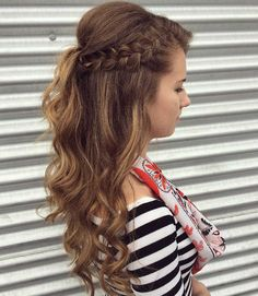 Inventive Braids Hairstyles for Women (1)