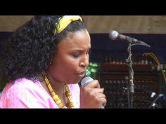 Afrikafestival Hertme 2009 - Eneida Marta http://deus-carmo-literatura.blogspot.com.br/2010/05/noite-em-paris.html