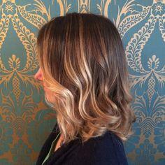 24 Wunderschöne mittellange Frisuren mit Balayage und Ombre Highlights - Neue Frisur