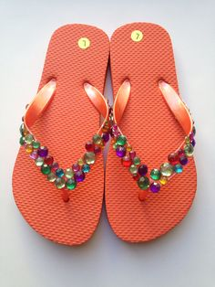 Adults and Girls Flip Flops with stud embellishments. Bling Flip Flops, Girls Flip Flops, Flip Flop Shoes, Decorated Shoes, Beaded Sandals, Sparkles Glitter, Huaraches, Rhinestones, Embellishments