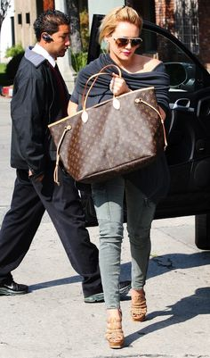 Hilary Duff and her Louis Vuitton Neverfull