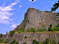 Fák,erdők,parkok.Elbi blogja Hegyestű Half Dome, Monument Valley, Mountains, Nature, Travel, Dune, Naturaleza, Viajes, Destinations