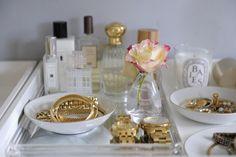 arquitrecos - blog de decoração: Organizando e decorando com pratos e bandejas