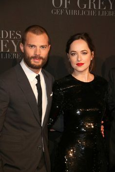 Photoset: Dakota Johnson & Jamie Dornan #FiftyShadesDarker premiere in Hamburg on Feb 7 wp.me/p70WiP-BE