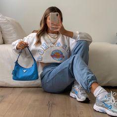 Likes, 152 Comments - max 🐉 fashion Teen Fashion Outfits, Look Fashion, Spring Fashion, Girl Outfits, Fashion Ideas, Teenager Fashion, 2000s Fashion, Jeans Fashion, Fashion Quotes