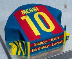 Soccer jersey Lionel Messi Barcelona cake