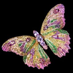 Butterfly Brooch by Wallace Chan Insect Jewelry, Bird Jewelry, Animal Jewelry, Jewelry Art, Vintage Jewelry, Jewellery, Butterfly Pin, Butterfly Jewelry, Wallace Chan