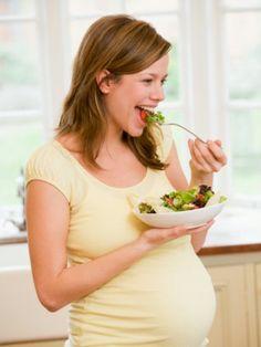 Eisenhaltige Lebensmittel Eisenmangel: So wichtig ist Eisen in der Schwangerschaft