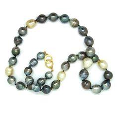 www.ORRO.co.uk - ORRO - Baroque Tahiti Pearls & Gold Clasp - ORRO Contemporary Jewellery Glasgow