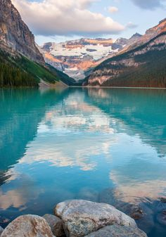 Lake Louise, Alberta | Canada (by dezzouk)