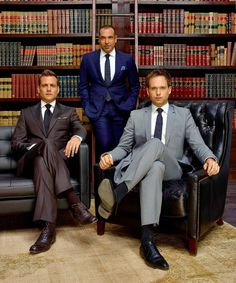 Find out the style secrets of Harvey Specter (Gabriel Macht), Mike Ross (Patrick J. Adams) and Louis Litt (Rick Hoffman) from USA Network's Suits — straight from the show's wardro… Harvey Specter Anzüge, Trajes Harvey Specter, Serie Suits, Suits Tv Series, Suits Harvey, Suits Show, Suits Tv Shows, Suits Usa, Mens Suits