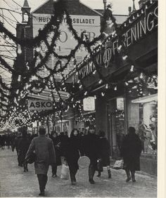 Christmas street view 1966. Photo: Asko Rysä. Published in Helsinki and Her People.