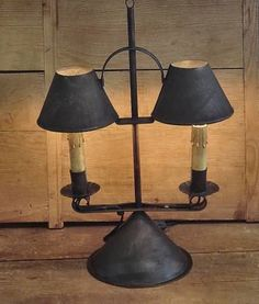tin lamps ~ want this ! Primitive Lamps, Primitive Lighting, Antique Lighting, Rustic Lighting, Lighting Ideas, Country Lamps, Country Decor, Farmhouse Lamps, Bright Homes