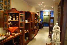 novus gallery provides the wide variety of unique and original art collections gifts, artifacts, carvings, statues and home décor items imported or local indonesia. take a change to explore and buy the collections more info http://www.novushotels.com/