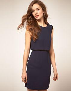 Low V-neck Back dress