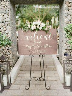 Spring wedding sign: Photography: Kelly Sweet - http://www.kellysweet.com/ Assistance: Jen Lynn - http://www.jenlynnephotography.com/