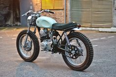 "Racing Cafè: Yamaha SR 250 ""Type 4"" by Auto Fabrica"