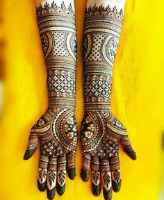 Mehndi Design Images For Independence Day Round Mehndi Design, Floral Henna Designs, Latest Bridal Mehndi Designs, Full Hand Mehndi Designs, Mehndi Design Photos, Wedding Mehndi Designs, Mehndi Designs For Fingers, Dulhan Mehndi Designs, Mehndi Designs For Hands