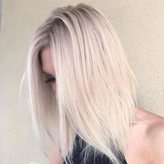 50 Gorgeous Light Blonde Hair Color Ideas — Most Feminine of All