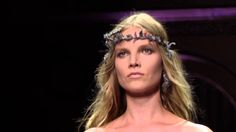 The #AtelierVersace FW15 collection enhances a new #Versace evolution, exposed and elevated. Watch the catwalk video.