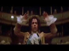 Amadeus: escena con la representación de Don Giovanni, con las explicaciones del personaje de Salieri.
