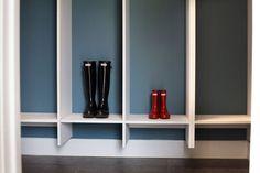 Transform your home with a dream closet! Modular Closet's design team will help you build the perfect closet system. Our closets are made from high quality wood and are easy to install. Modular Closet Systems, Modular Closets, Diy Closets, Custom Closets, Diy Holz, Design Your Own, Bathroom Medicine Cabinet, Shelves, Closet Mudroom