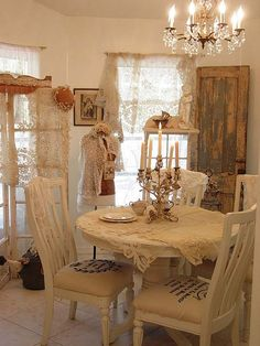 #shabby #dining in shades of #cream