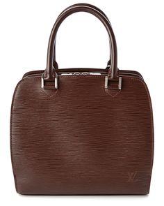 Spotted this Louis Vuitton Epi Leather Pont Neuf on Rue La La. Shop (quickly!).