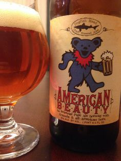 Really liked it -hoppy but with a thicker body and sweetness from the granola? American Beauty, Dogfish Head IPA brewed in tribute to the Grateful Dead. Best Ipa Beer, Pale Ale Beers, Dogfish Head, Happy Hippie, Beer Packaging, Fun Drinks, Beverages, Beer Brewing, Grateful Dead