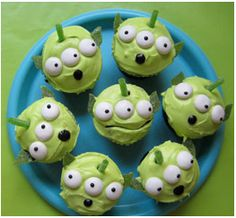 toy story cupcakes - gorgeous!
