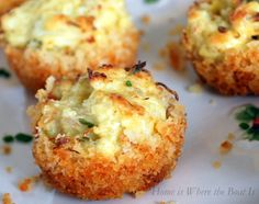 Parmesan-Crusted Crab Cake Bites and A Winner! Parmesan-Crusted Crab Cake Bites with Chive Aioli Tapas, Crab Recipes, Appetizer Recipes, Seafood Appetizers, Crab Appetizer, Make Ahead Appetizers, Appetizer Ideas, Recipies, Wedding Appetizers