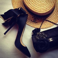 christian louboutin pumps and chanel bag. #perfectpairings #shoeporn #bagporn