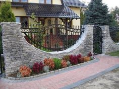 5 Interested Tips AND Tricks: Cheap Fence Panels pool privacy fence.Aluminum Fence With Stone Columns simple modern fence. Garden Fence Panels, Fence Plants, Front Yard Fence, Garden Fencing, Fence Art, Brick Fence, Concrete Fence, Fence Landscaping, Backyard Fences