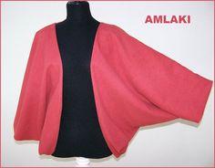 EIRYU es una chaqueta hecha de una pieza de tela. Esta de franela de algodón en color teja la puedes ver pinchando el siguiente enlace.  http://wp.me/p2FVSn-9z